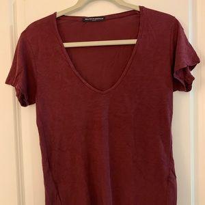 Brandy Melville burgundy v neck tshirt